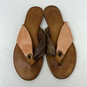 Inuovo Brown and Coral Leather Thong Sandals